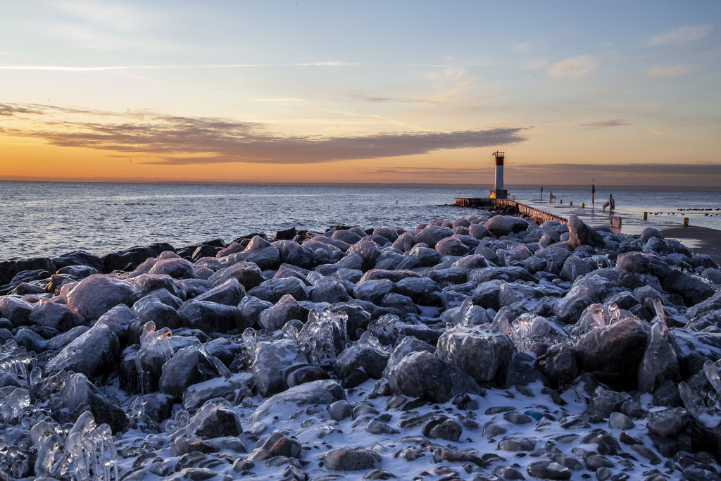 Winter Lighthouse by pdulis