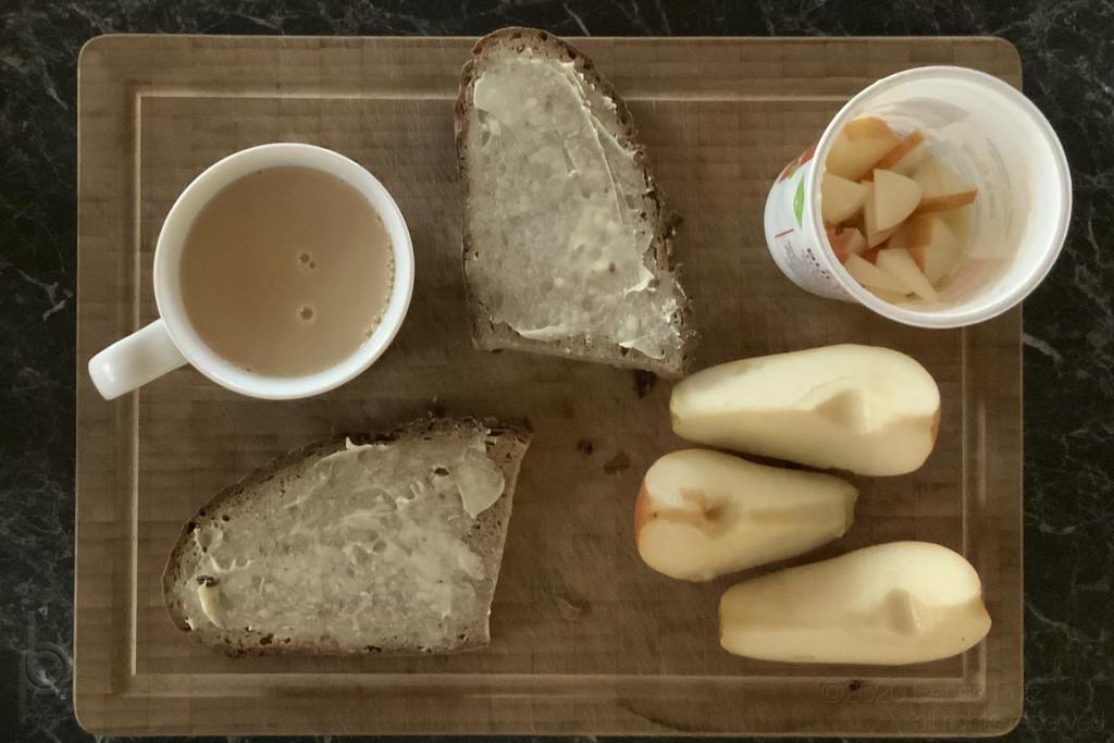 monochrome breakfast by bpfoto