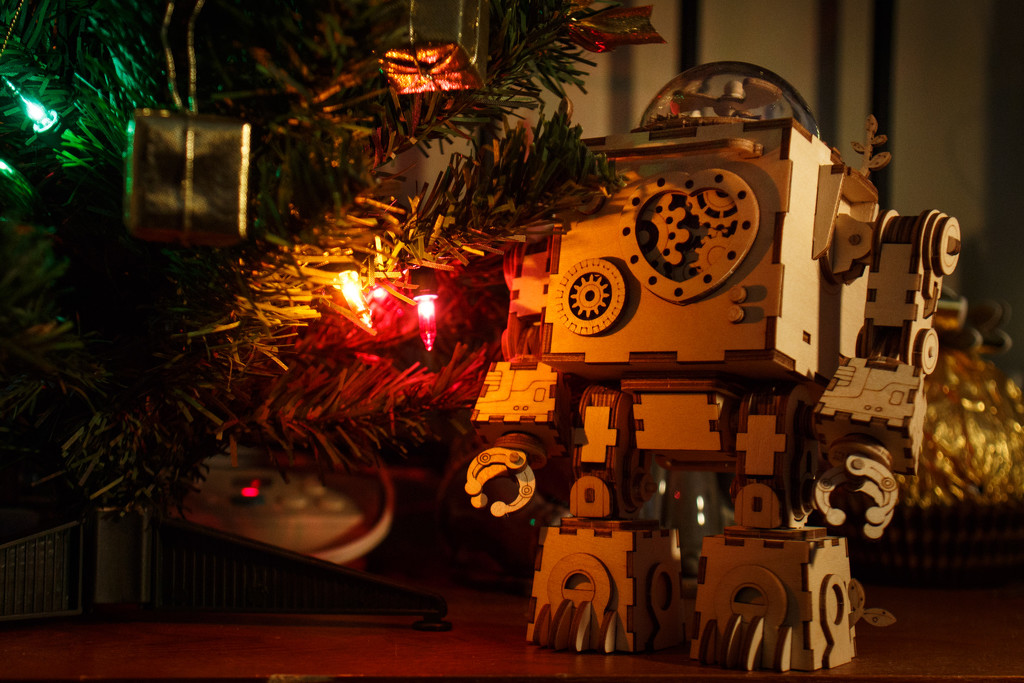 Christmas is for Robots. by batfish