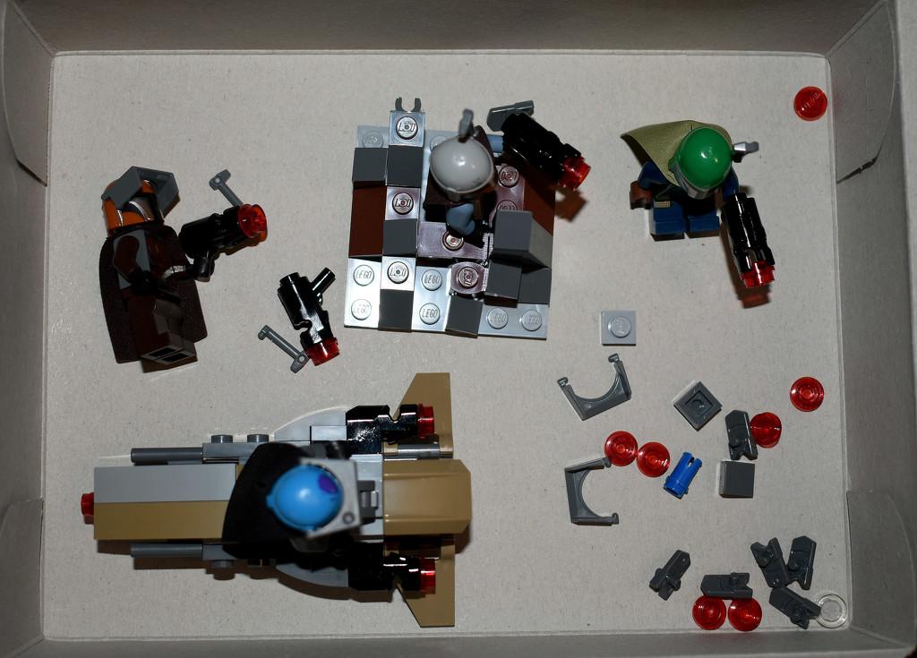 Mando Lego by homeschoolmom