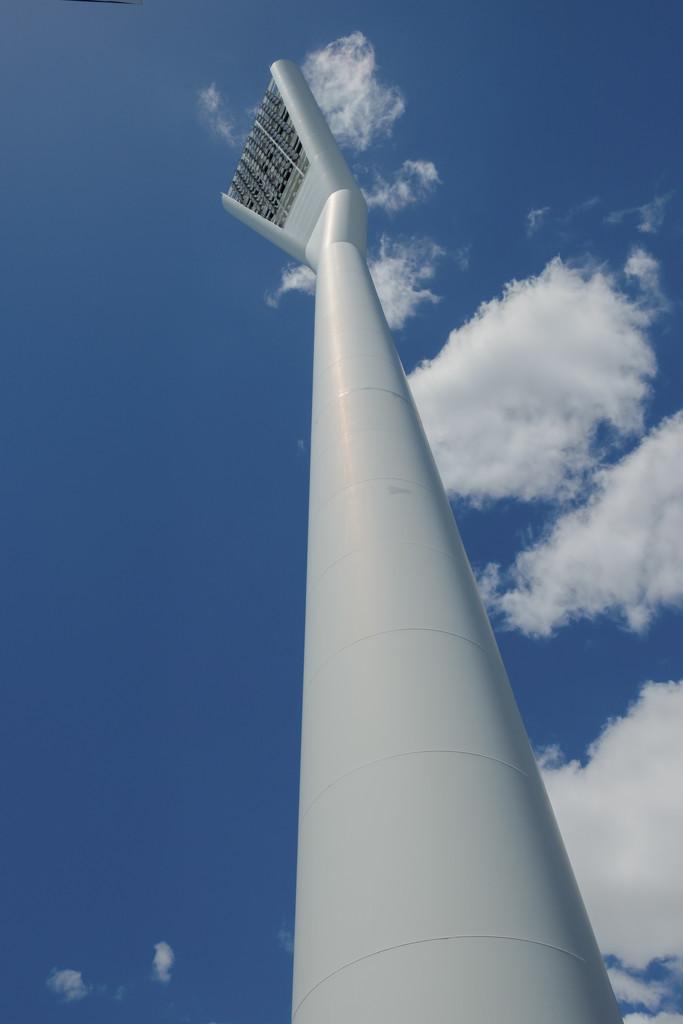 Reach for the sky by golftragic