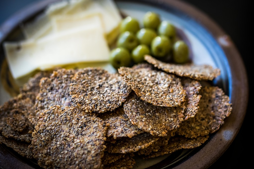 Homemade Seed Crackers by darylo