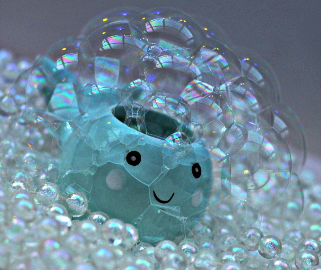 Bubble Fish by wendyfrost