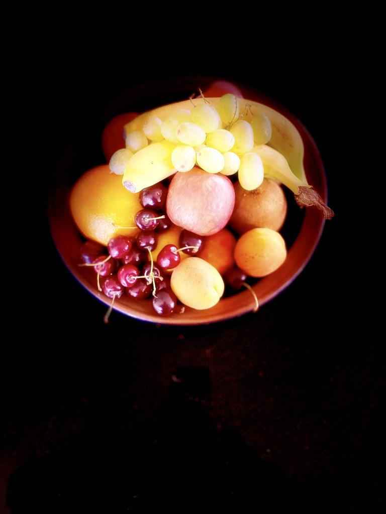Summer fruits by maggiemae