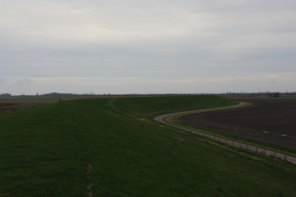 View from off the top of the dike. by pyrrhula
