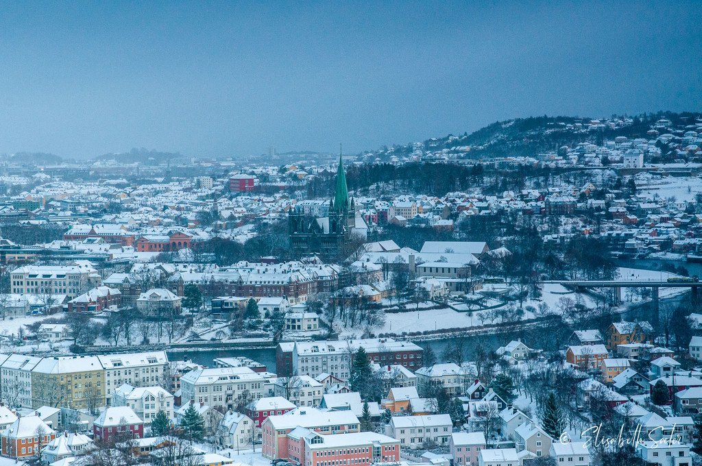 Trondheim in the snow by elisasaeter