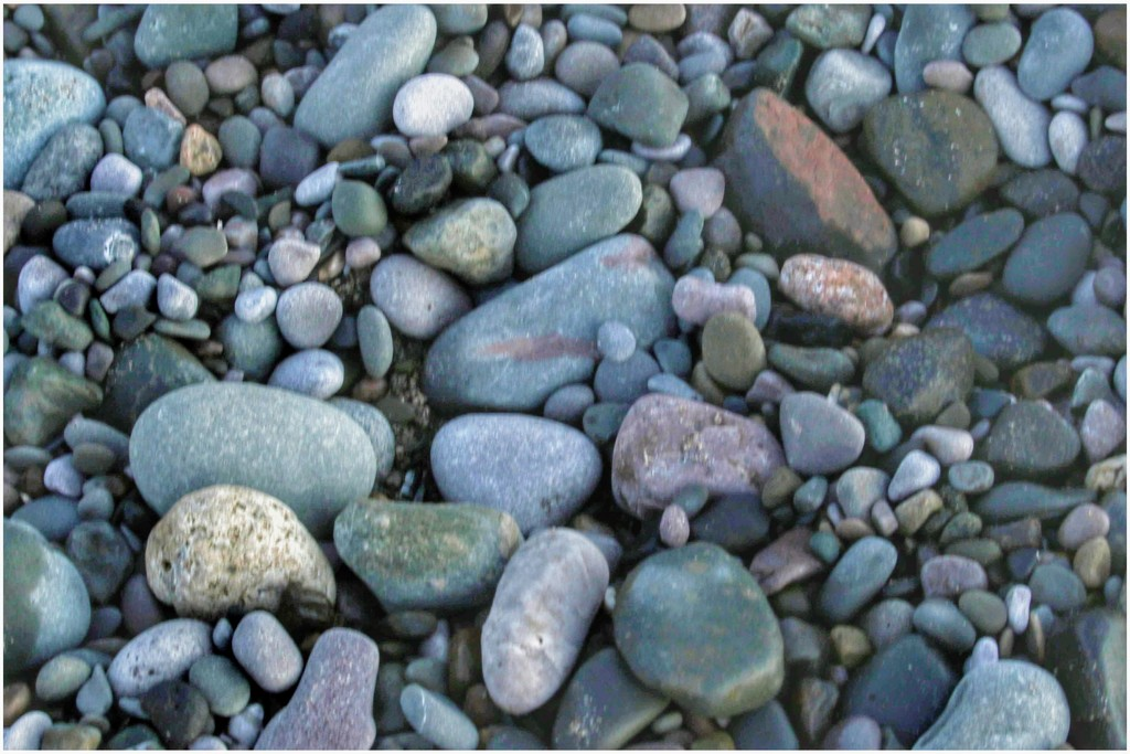 Colourful pebbles by lyndamcg