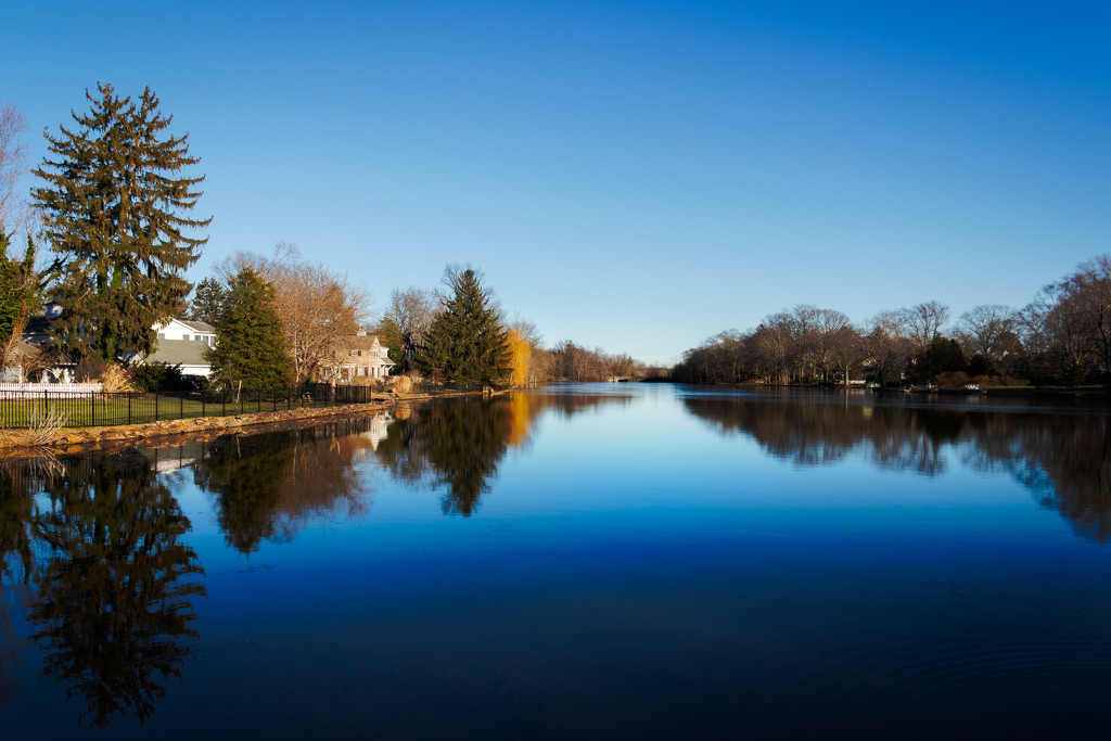 Brainerd Lake, Cranbury, NJ by swchappell