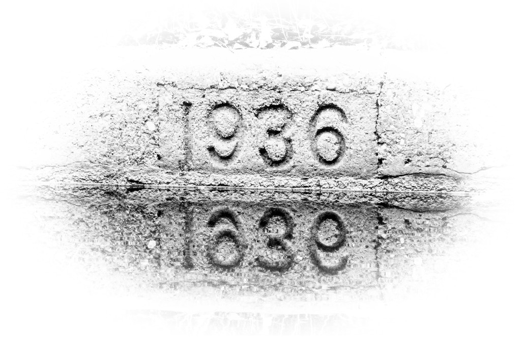 Date stone  by bybri