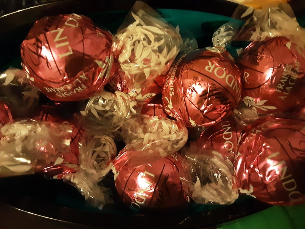 A bowl of Chocolate Truffles by grace55