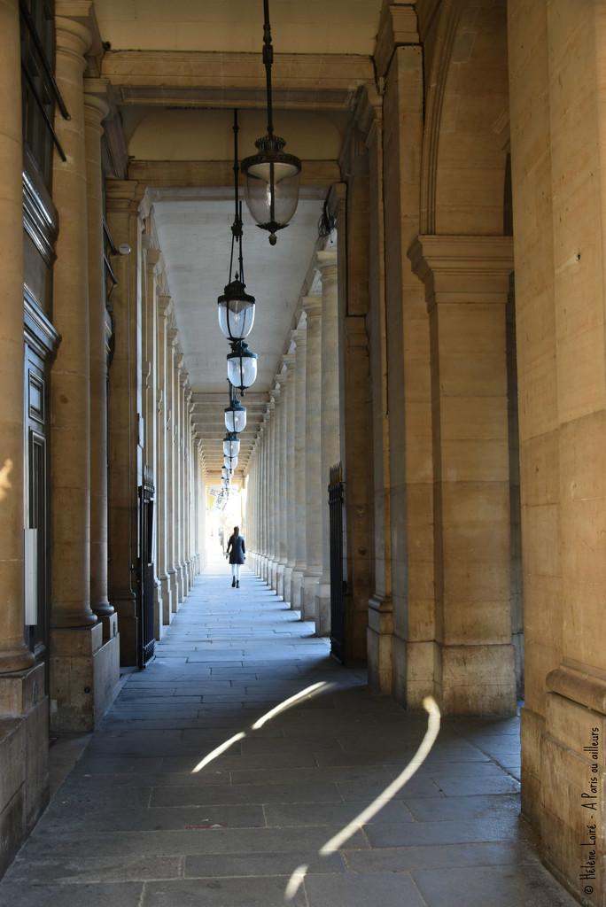 Galerie de Chartres  by parisouailleurs