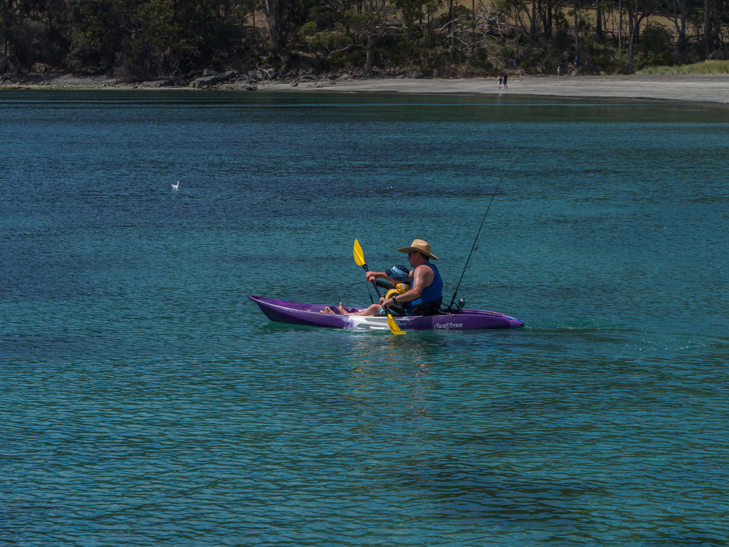 Kayaking together by gosia
