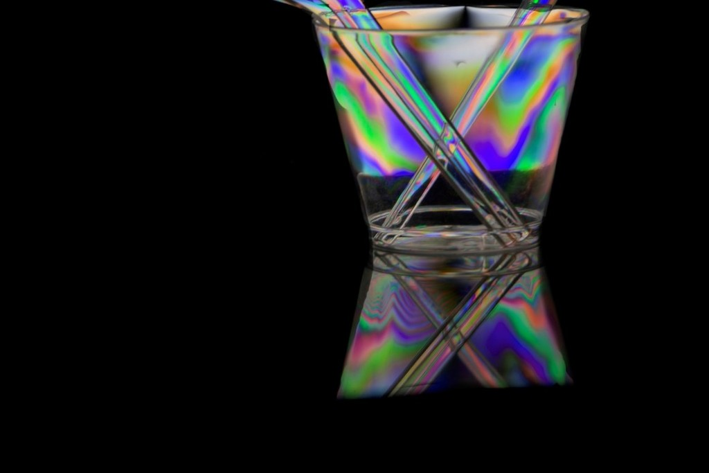 Photoelasticity - Cup, reflected (2) by granagringa