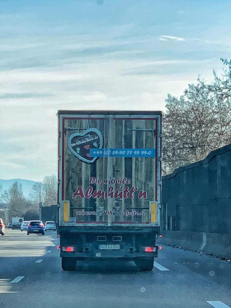 Heart on a truck.  by cocobella