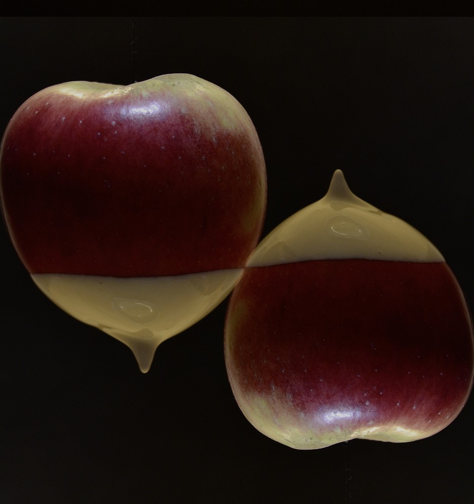 Apple magic  by wakelys