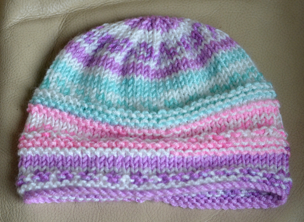 Knitted Hat by arkensiel