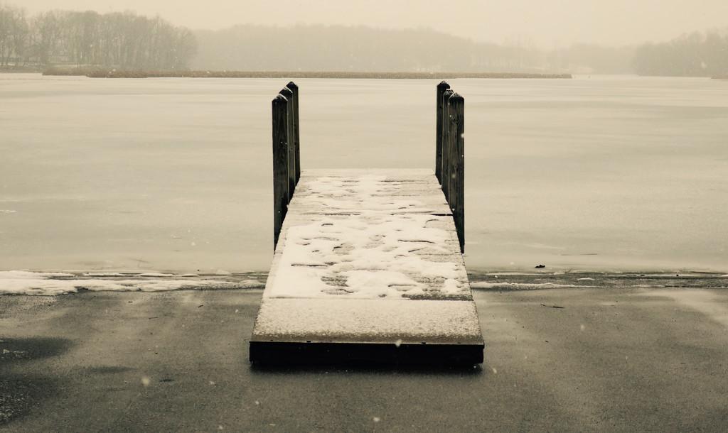 Winter at the Lake by ginnys