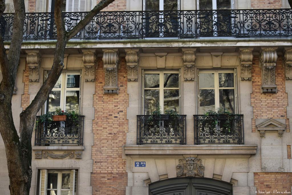 just a little bit of Paris  by parisouailleurs