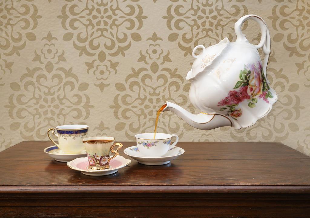 Tea Time by lynne5477
