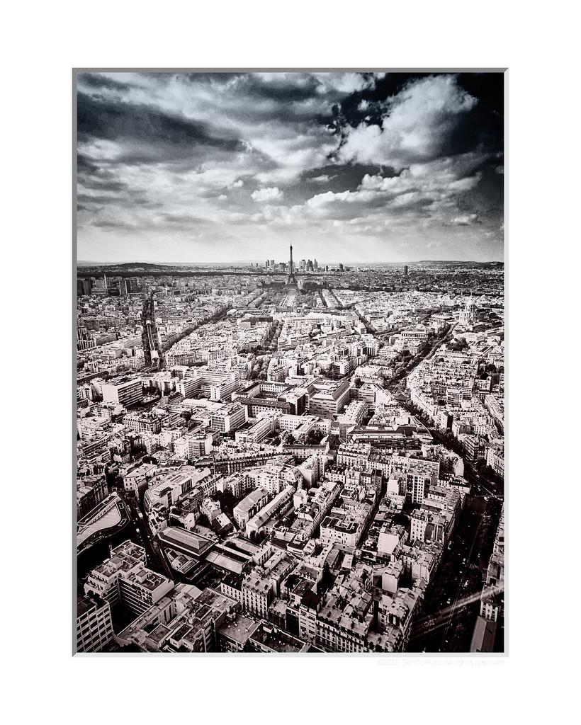 Tour Eiffel duotone by bpfoto