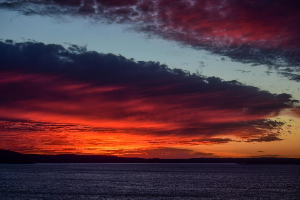 Clinton Lake Sunset by kareenking
