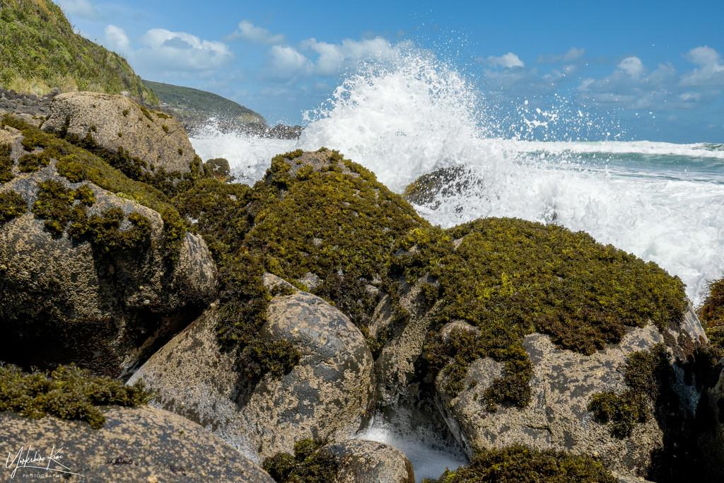 Waves and seafoam by yorkshirekiwi