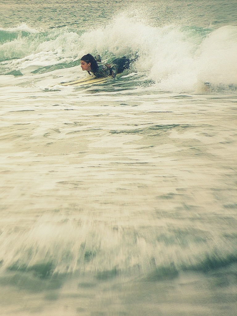 Out of the wave by etienne