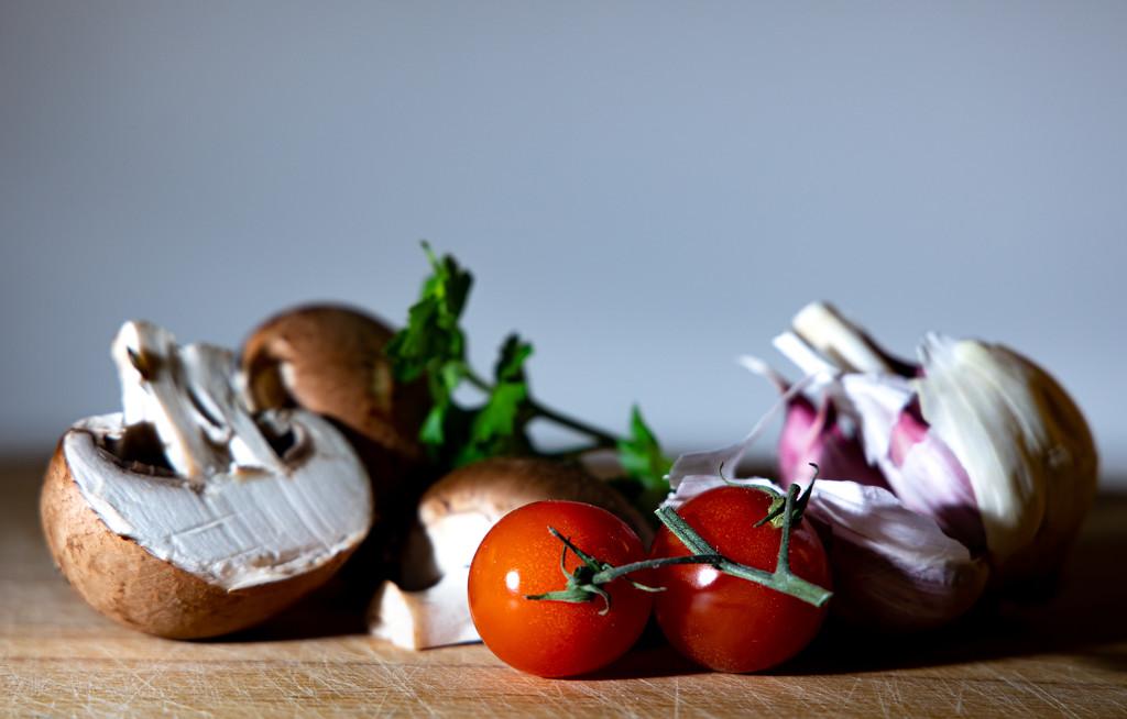 Tomato and mushroom by peadar