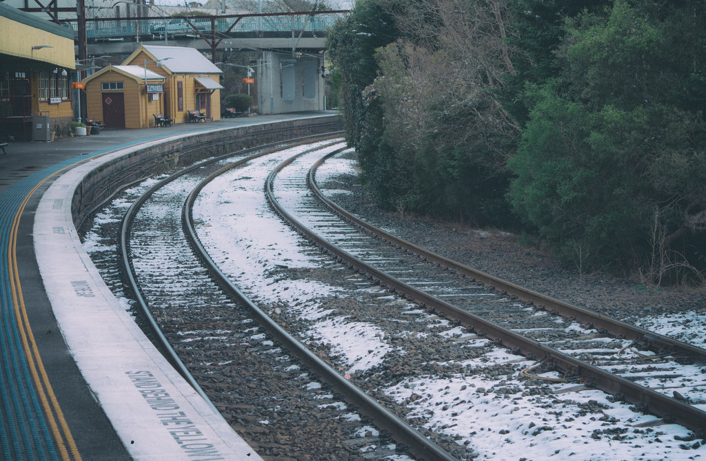 Katoomba Snow 2 by annied