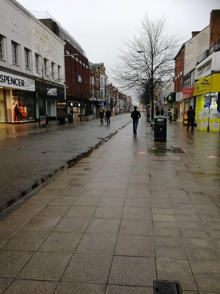 A walk into town,  so desolate by ilovelenses
