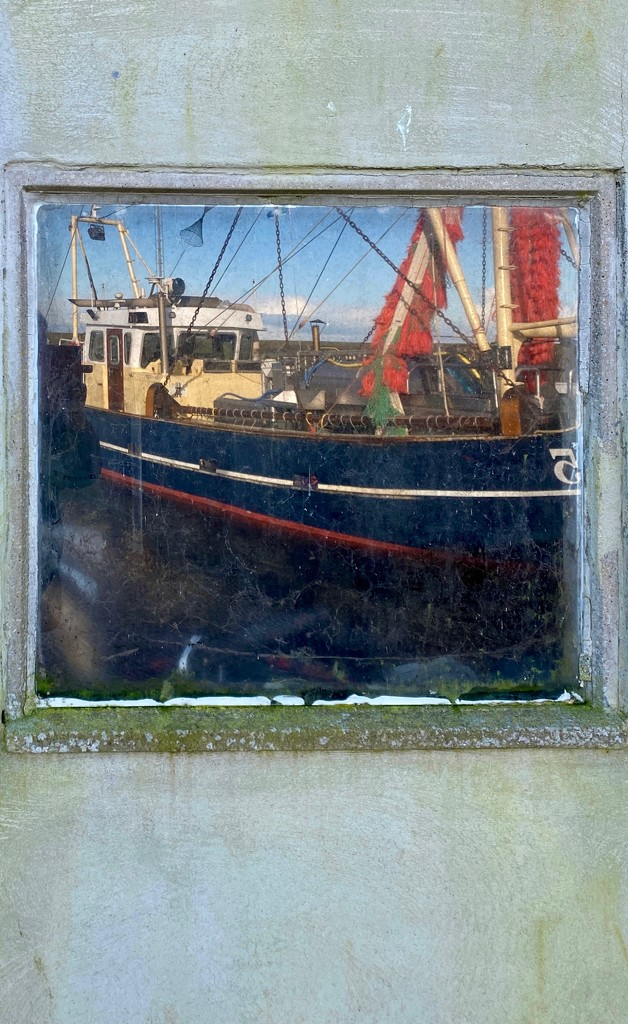 Harbour painting... or... a frame story? #1 by stimuloog