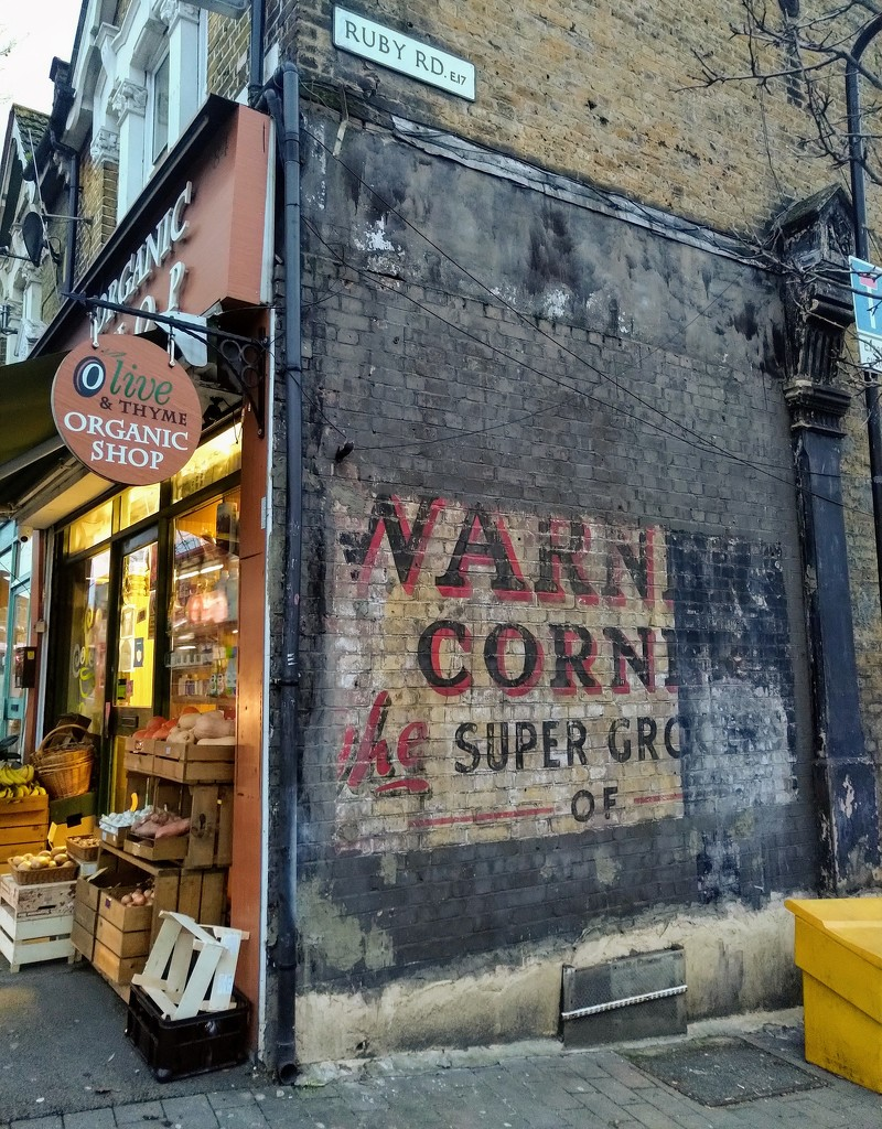 Ghost sign by boxplayer