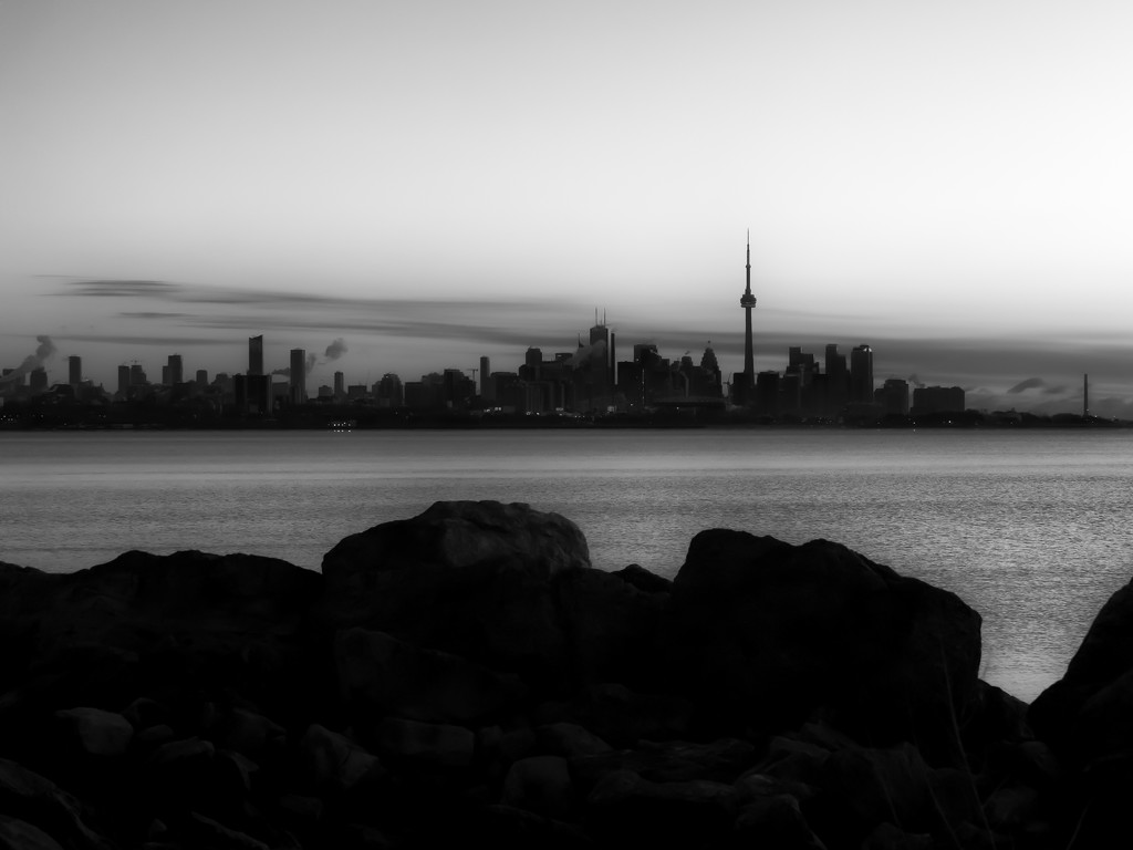 cityscape...  and rocks... by northy