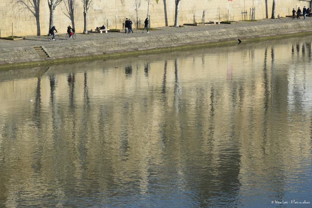 strolling by parisouailleurs