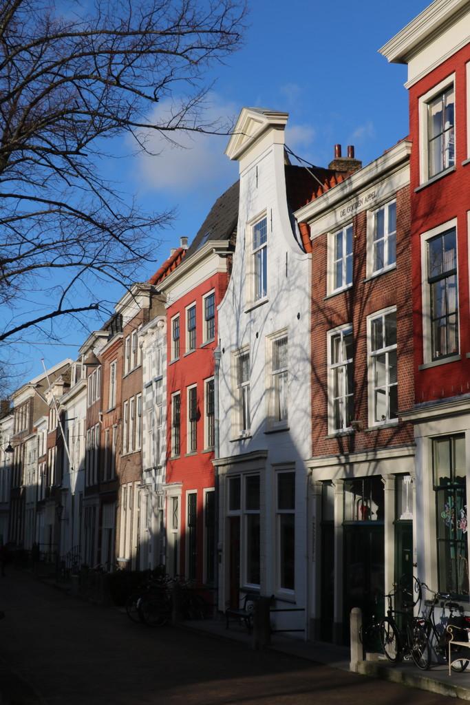 'De Oude Delft' by momamo