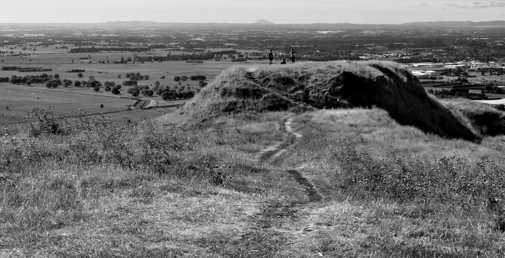 Papamoa Hills looking south by sandradavies