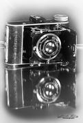8th Feb 2021 - Flash of Red February- Goldi camera 1930