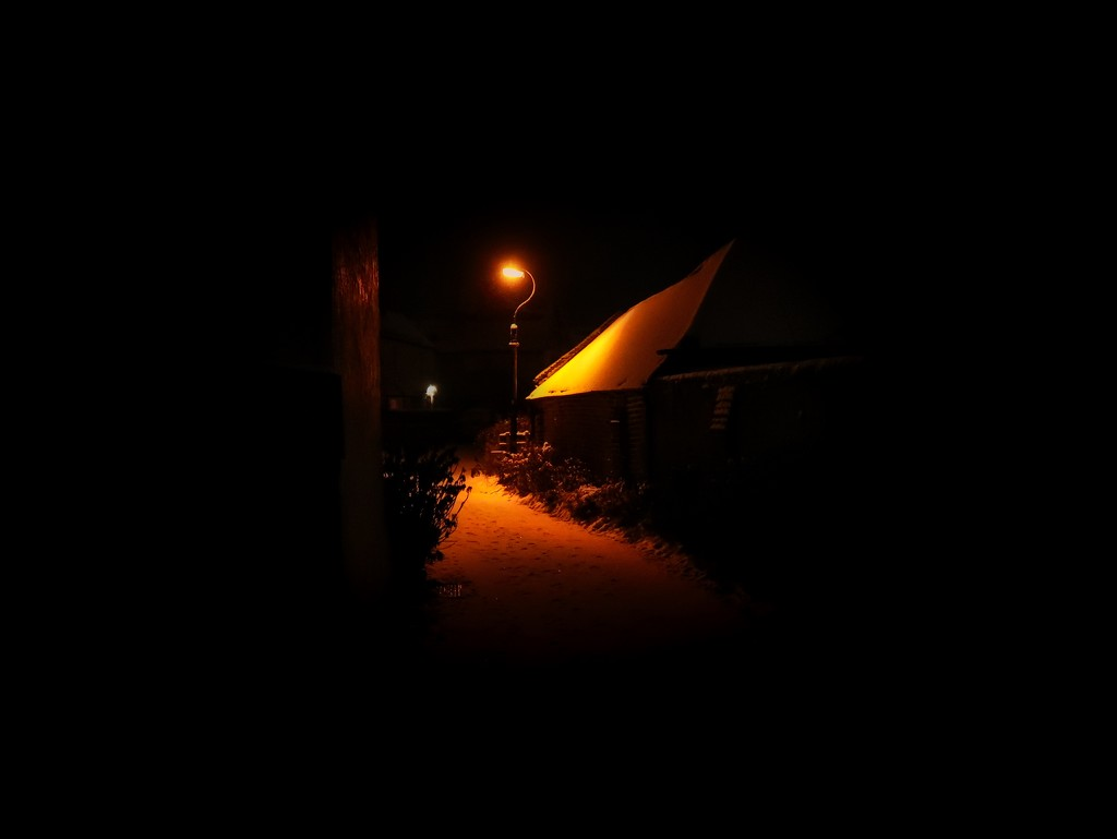 Late Night Alley by backspin71