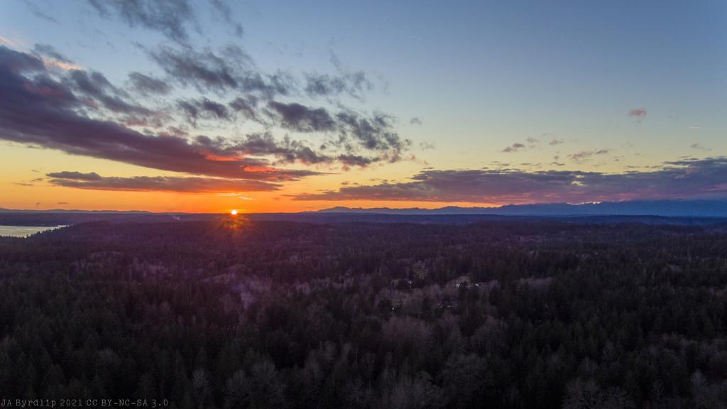 Not Mid-February Sunset by byrdlip