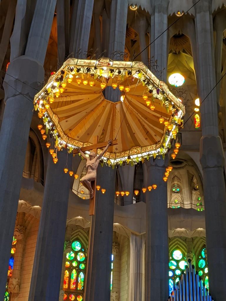 La Familia Sagrada  by bambilee
