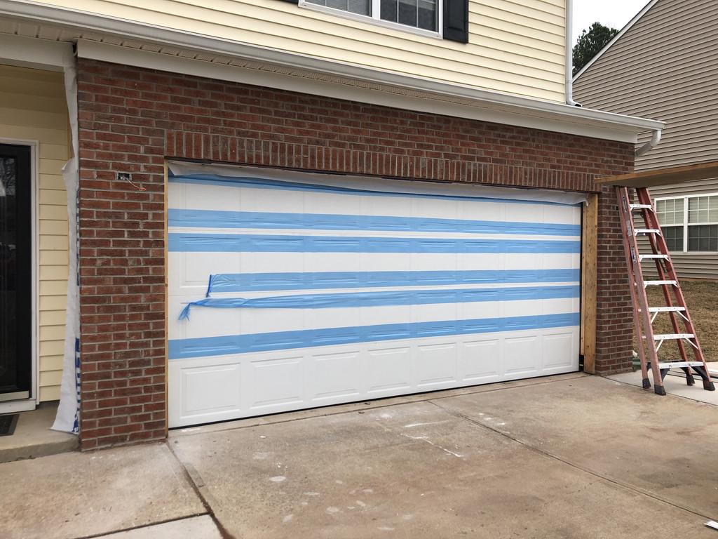 I have a garage door! by homeschoolmom