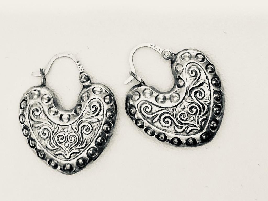 Heart earrings by homeschoolmom