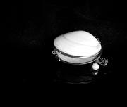 12th Feb 2021 - Pearl purse
