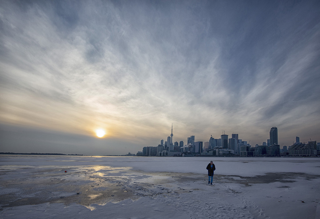 Polson Pier in Winter by pdulis