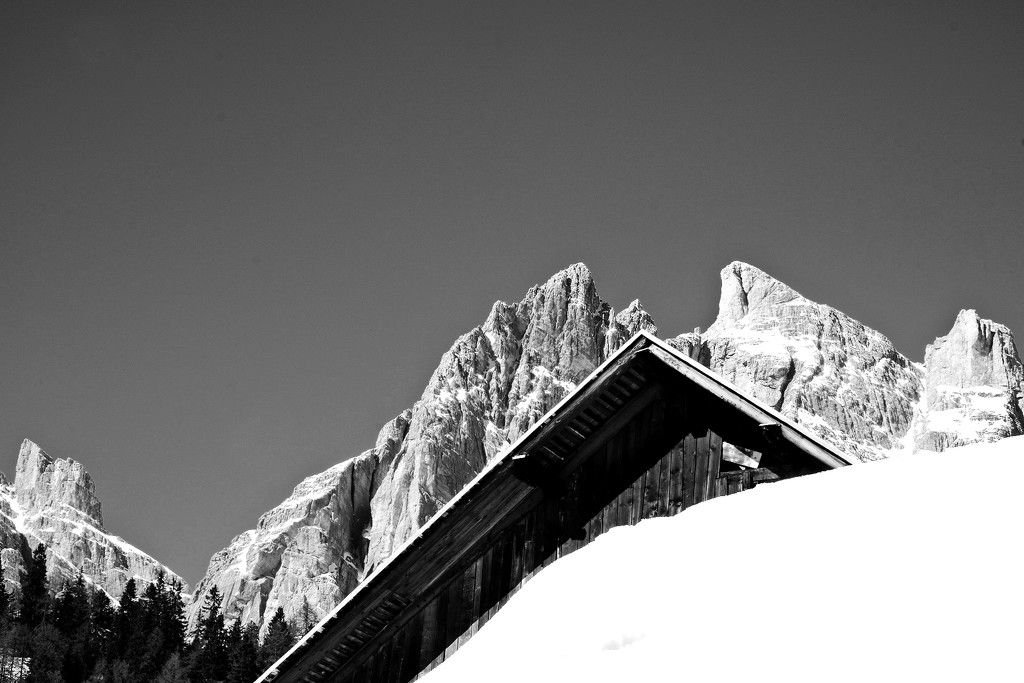 Roof and Mountains by caterina