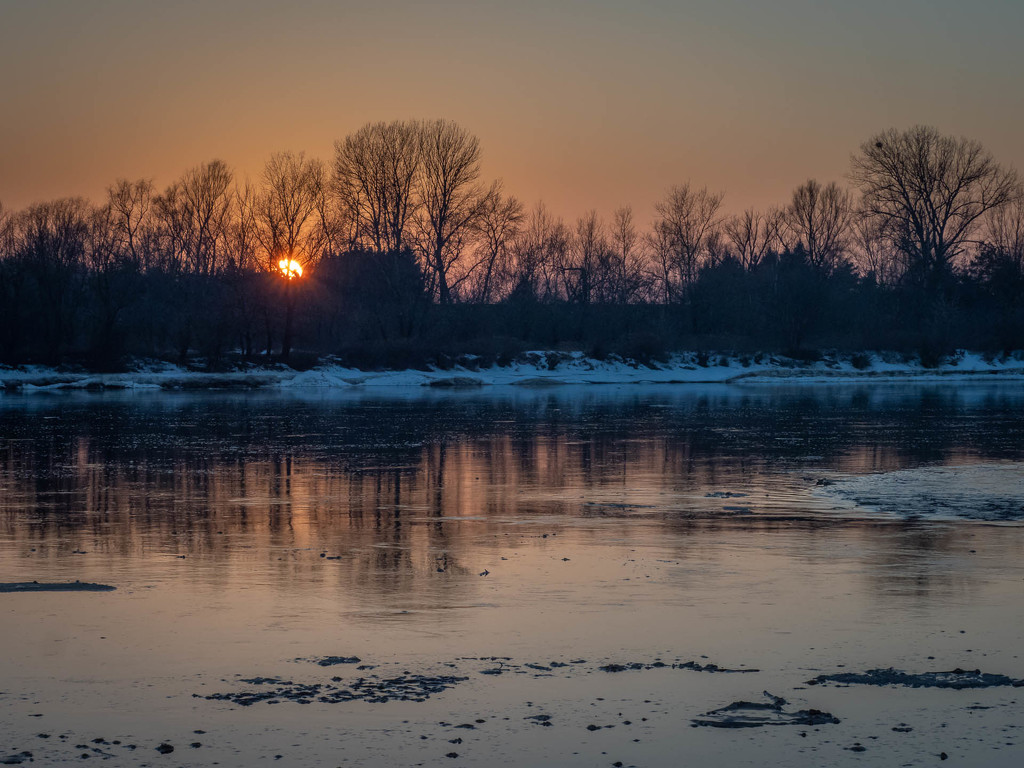 Sunset on the river  by haskar