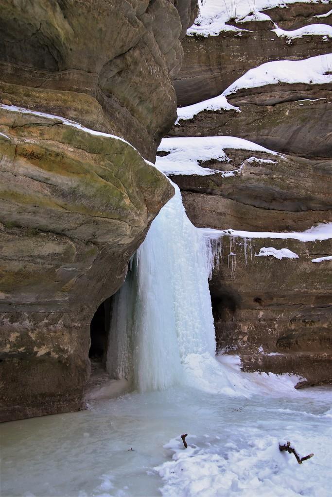 Frozen Waterfall by randy23