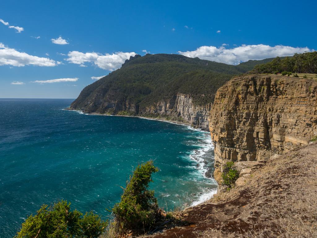 Fossil Cliffs on Maria Island by gosia