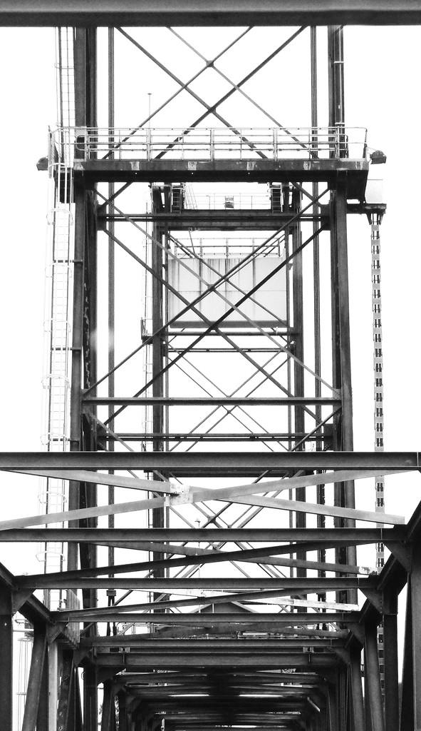 Hexham Bridge by onewing