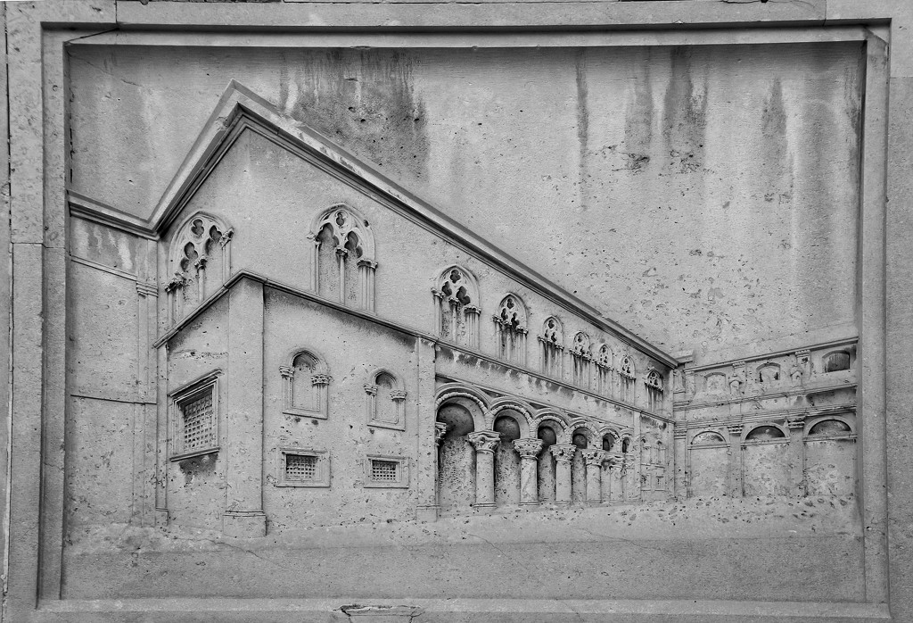 Perspectives in architecture  by kiwinanna